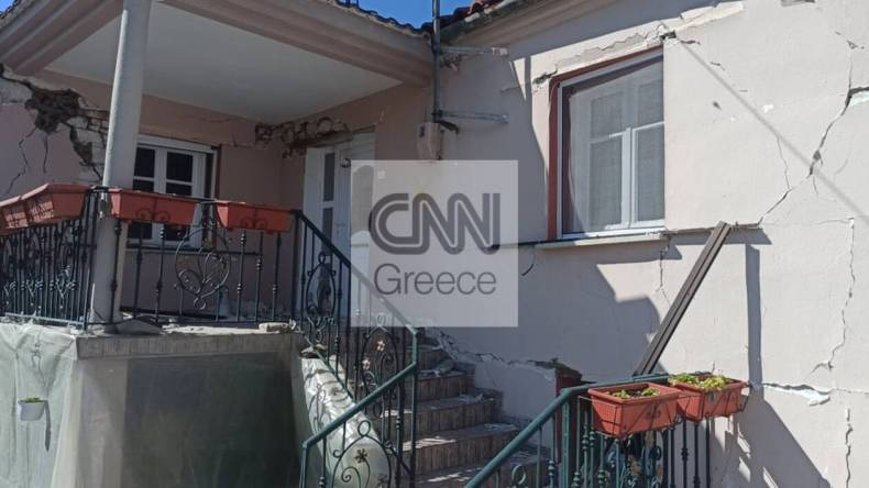 https://cdn.cnngreece.gr/media/news/2021/03/04/256906/photos/snapshot/seismos-mesochori-1.jpg