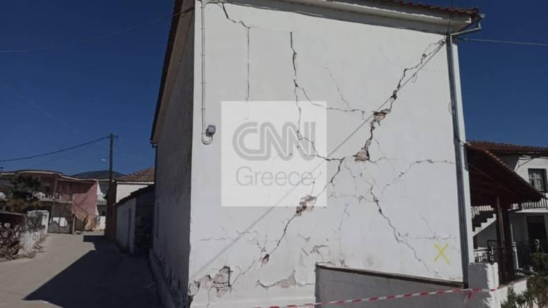 https://cdn.cnngreece.gr/media/news/2021/03/05/256921/photos/snapshot/seismos-mesochori-12.jpg