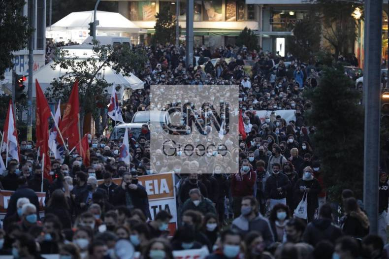 https://cdn.cnngreece.gr/media/news/2021/03/09/257552/photos/snapshot/nea-smyrni-12.jpg