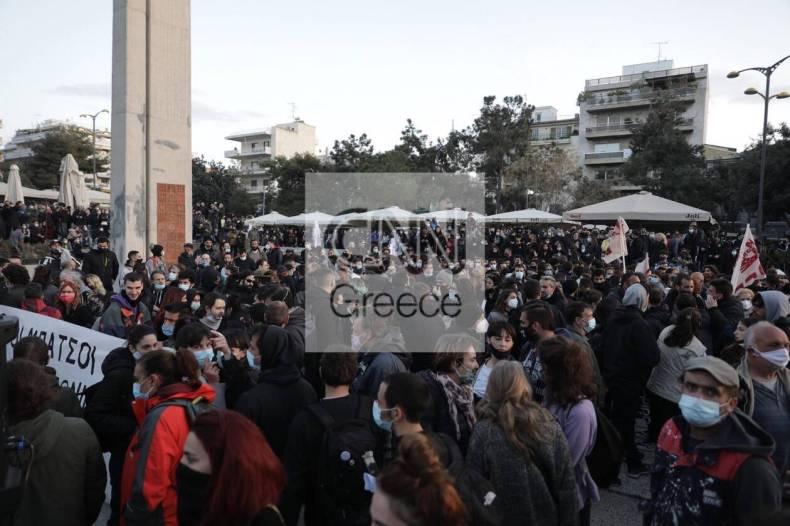 https://cdn.cnngreece.gr/media/news/2021/03/09/257580/photos/snapshot/nea-smyrni-6-1.jpg