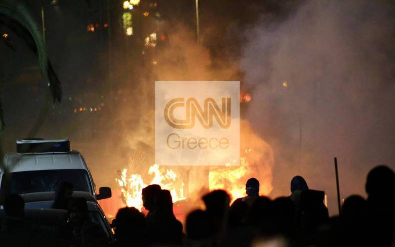 https://cdn.cnngreece.gr/media/news/2021/03/10/257594/photos/snapshot/epeisodia-e.jpg