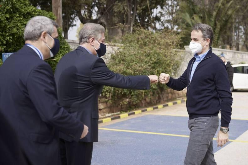 https://cdn.cnngreece.gr/media/news/2021/04/17/262452/photos/snapshot/21-04-17_0003__DPR7262.jpg