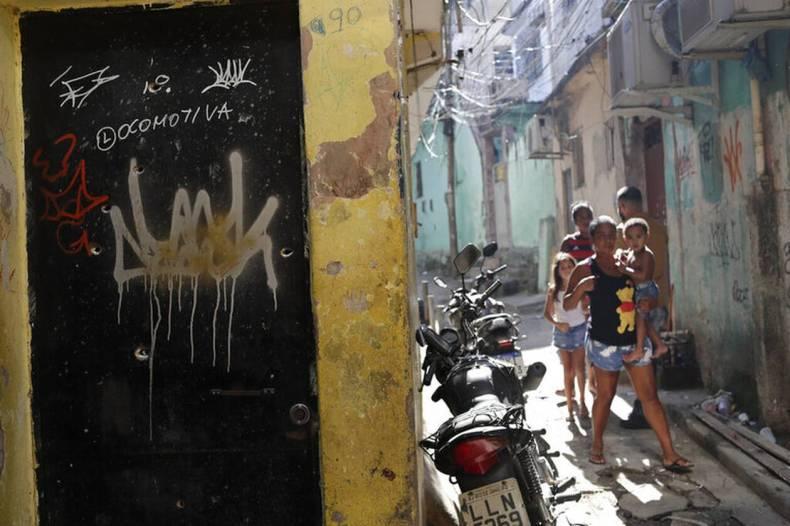 https://cdn.cnngreece.gr/media/news/2021/05/07/264877/photos/snapshot/brazil-AP21126719367700.jpg