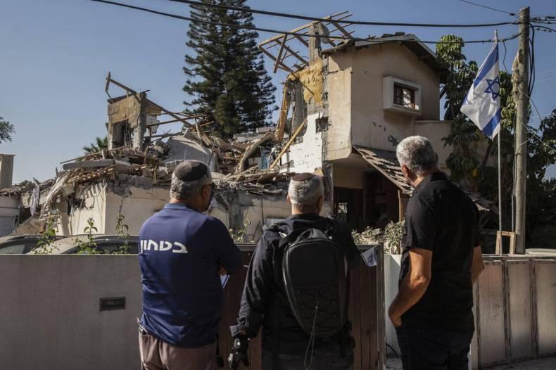 https://cdn.cnngreece.gr/media/news/2021/05/12/265611/photos/snapshot/Israel-Palestinians-5.jpg