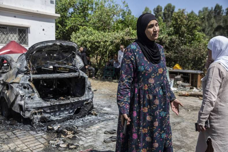 https://cdn.cnngreece.gr/media/news/2021/05/12/265622/photos/snapshot/Israel-Palestinians-6.jpg