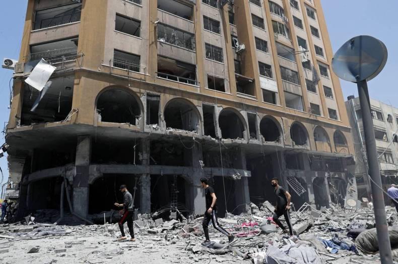 https://cdn.cnngreece.gr/media/news/2021/05/12/265622/photos/snapshot/gaza-israhl-5-15.jpg