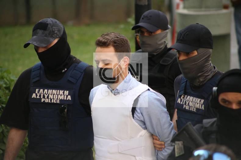 https://cdn.cnngreece.gr/media/news/2021/06/22/271184/photos/snapshot/gluka-nera9.jpg