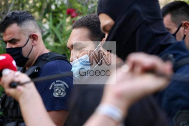 https://cdn.cnngreece.gr/media/news/2021/06/24/271476/photos/snapshot/epithesi_vitrioli_iereas7.jpg