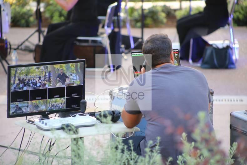 https://cdn.cnngreece.gr/media/news/2021/07/10/273604/photos/snapshot/vouliagmeni-IMG_5666.jpg