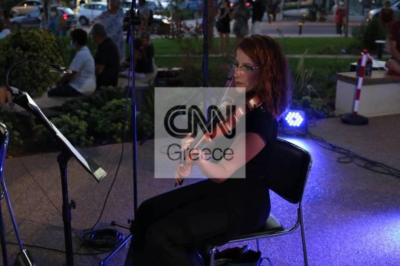 https://cdn.cnngreece.gr/media/news/2021/07/10/273604/photos/snapshot/vouliagmeni-IMG_5702.jpg