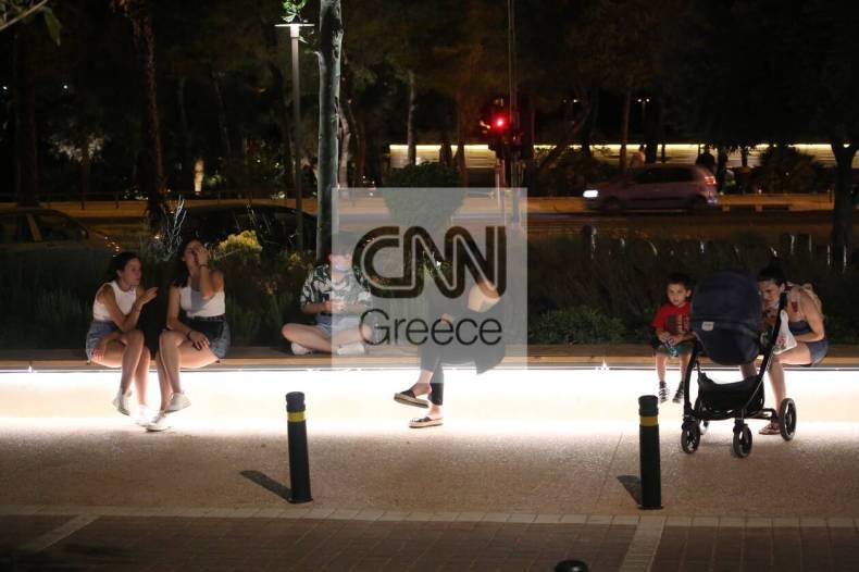 https://cdn.cnngreece.gr/media/news/2021/07/10/273604/photos/snapshot/vouliagmeni-IMG_5817.jpg