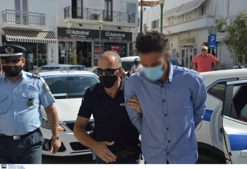 https://cdn.cnngreece.gr/media/news/2021/07/22/275193/photos/snapshot/folegandros-3.jpg
