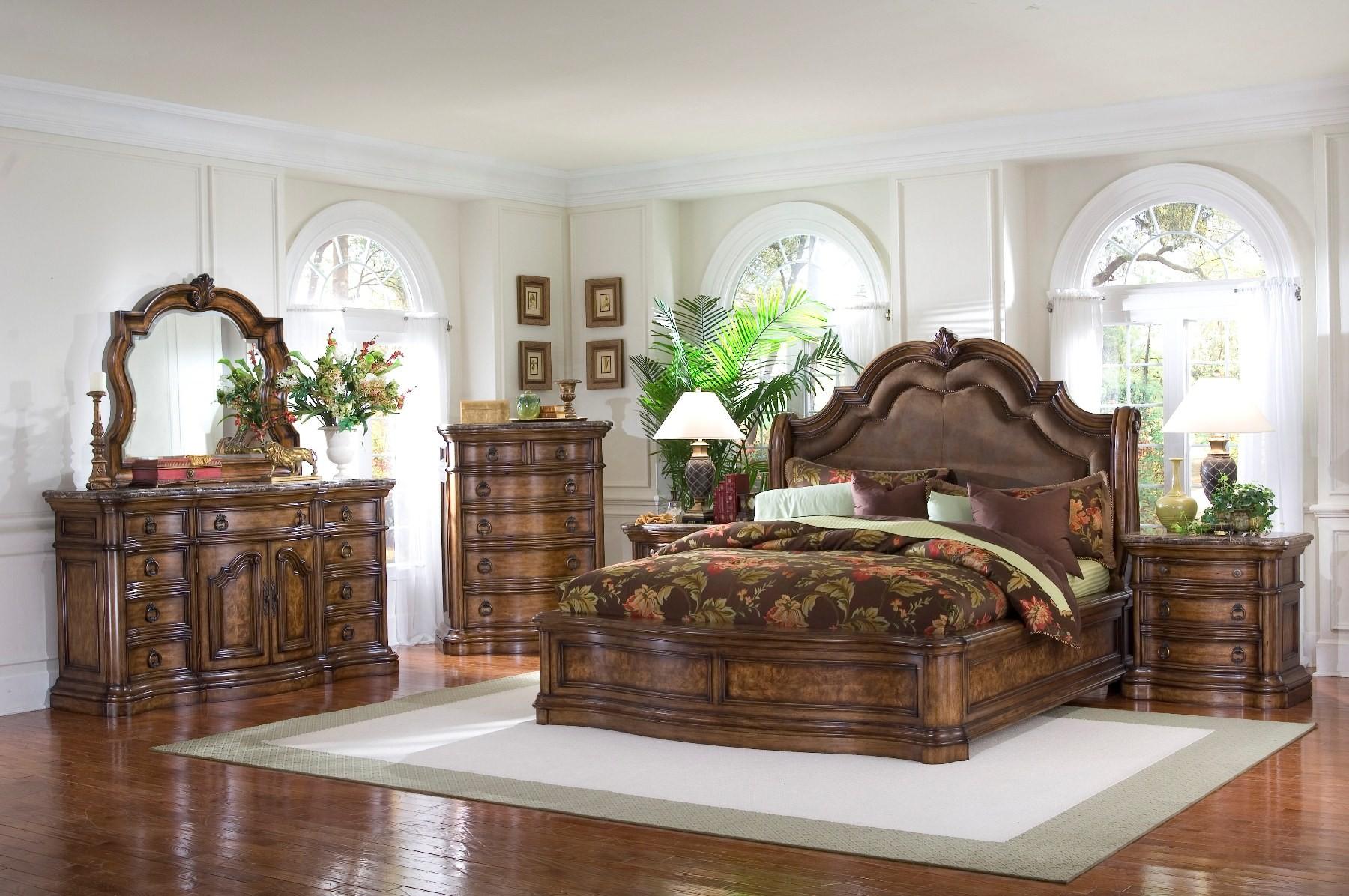 San Mateo Sleigh Bedroom Set By Pulaski Bedroom Furniture