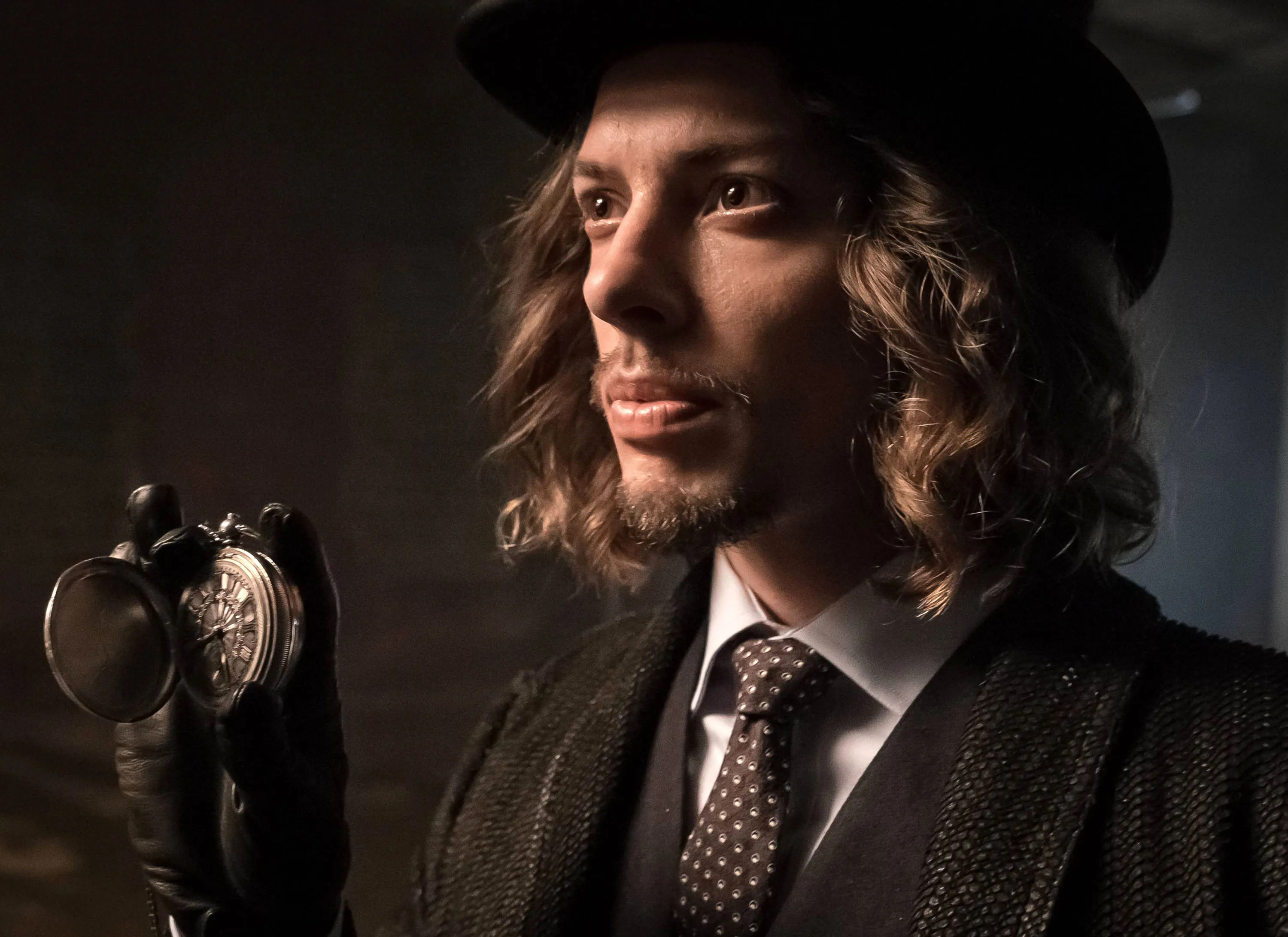 Image result for gotham season 2 mad hatter