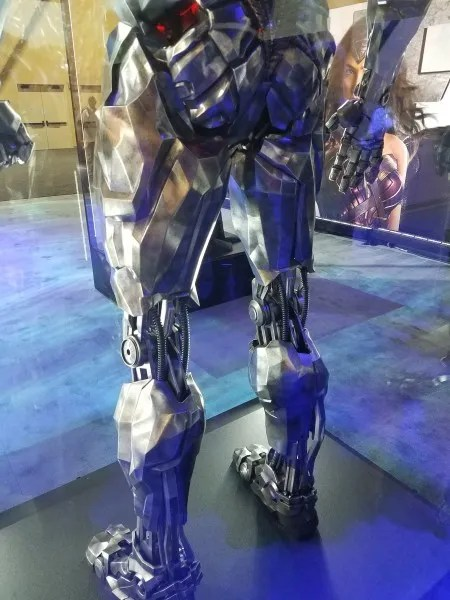 justice-league-cyborg-costume-6
