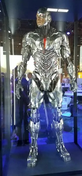 justice-league-cyborg-costume-1