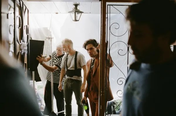Kit Harington on the set of The Death and Life of John F. Donovan (Photo: Shayne Laverdière)
