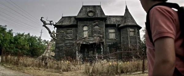 it-movie-image-house
