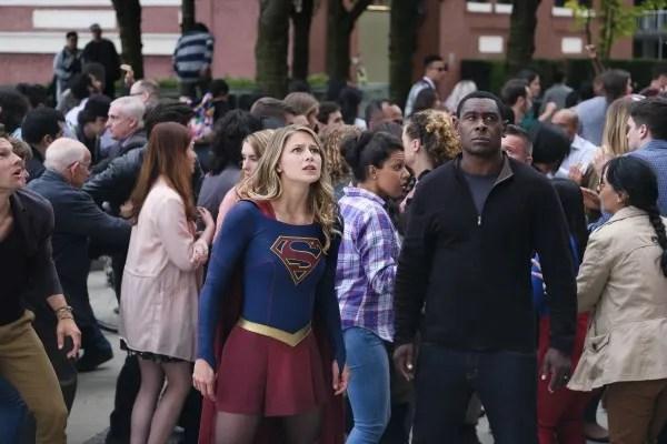 supergirl-season-3-girl-of-steel-image-16