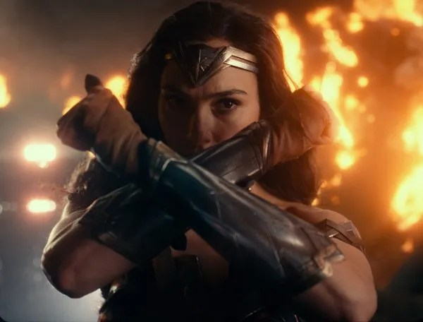 justice-league-gal-gadot-3