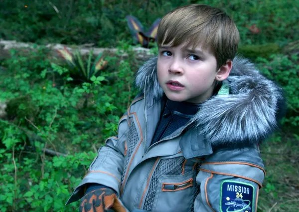 Lost In Space Review Netflixs Reboot Is A Restrained Adventure Collider