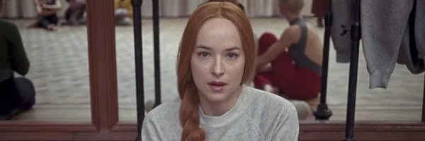 suspiria-dakota-johnson-slice