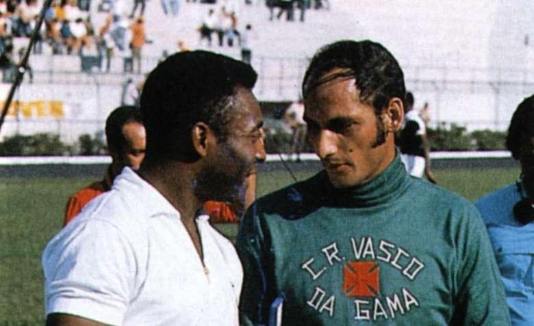 Andrada, o goleiro que levou o milésimo gol de Pelé morre ...