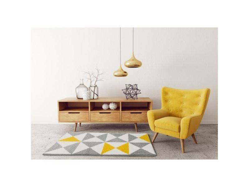 objets tapis jaune