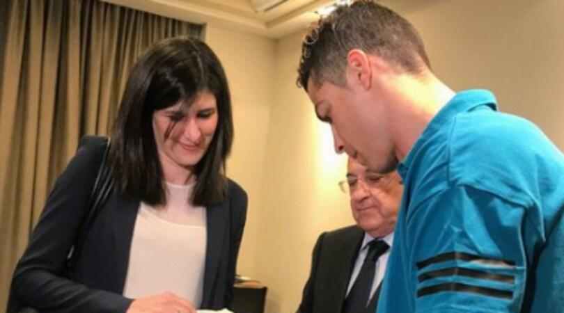 La sindaca Appendino saluta il Real Madrid in ritiro a Torino