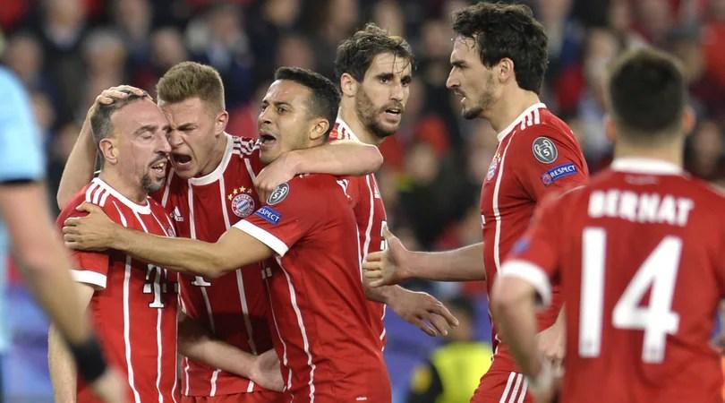 Siviglia-Bayern 1-2, Heynckes ribalta Montella con due deviazioni