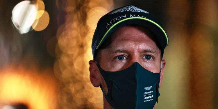 F1 Gp Bahrain, Vettel penalizzato: partirà ultimo in gara