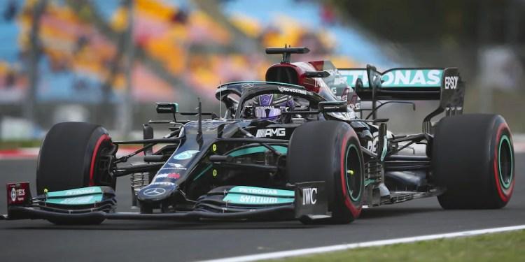 F1, Gp Turchia: Mercedes sostituisce il motore, Hamilton penalizzato di 10  posizioni