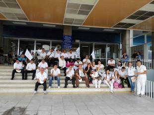 En el Hospital México, unos 18 enfermeros se sumaron a la huelga. Foto Sinae.