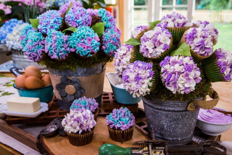 Cristina Cooks Hydrangea Cupcake Bouquet Home Amp Family