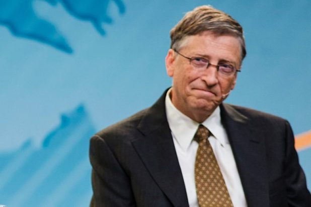 Windows Phone: Microsoft should have been Apple's biggest mobile challenger, Bill Gates says.
