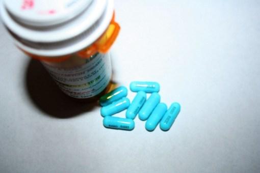 sepsis antibiotics