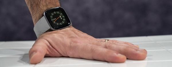 Fitbit Versa 2 in prova: smartwatch in cerca d