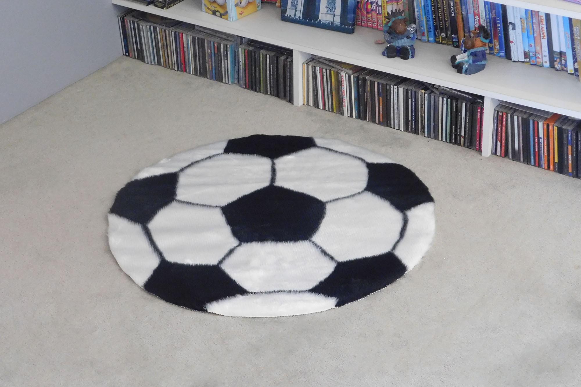 tapis enfant ballon de foot noir debonsol