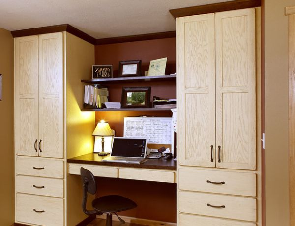 View In Gallery Cozy Office E Nestled Between Large Red Oak Showplace Cabinets 20 Home Design Ideas For