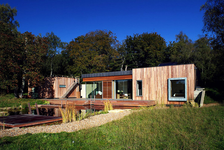 Tranquil Forest House With A Sustainable Modern Design In