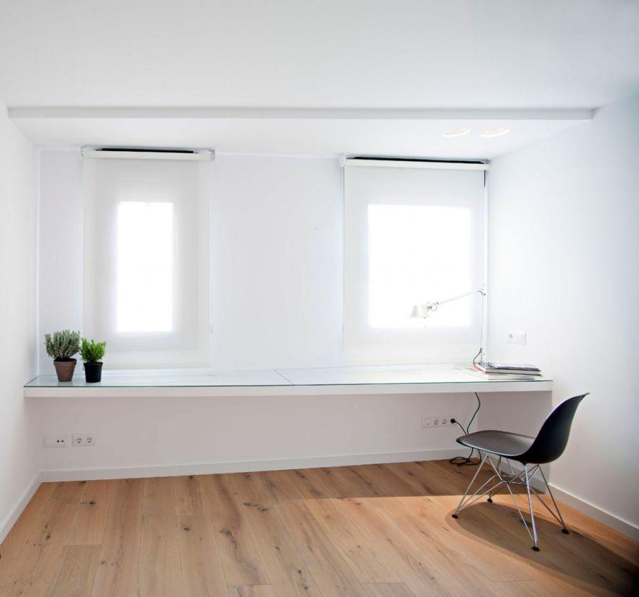 Brilliant Spanish Duplex Employs Inventive Floor Plan And A Dash Of Color