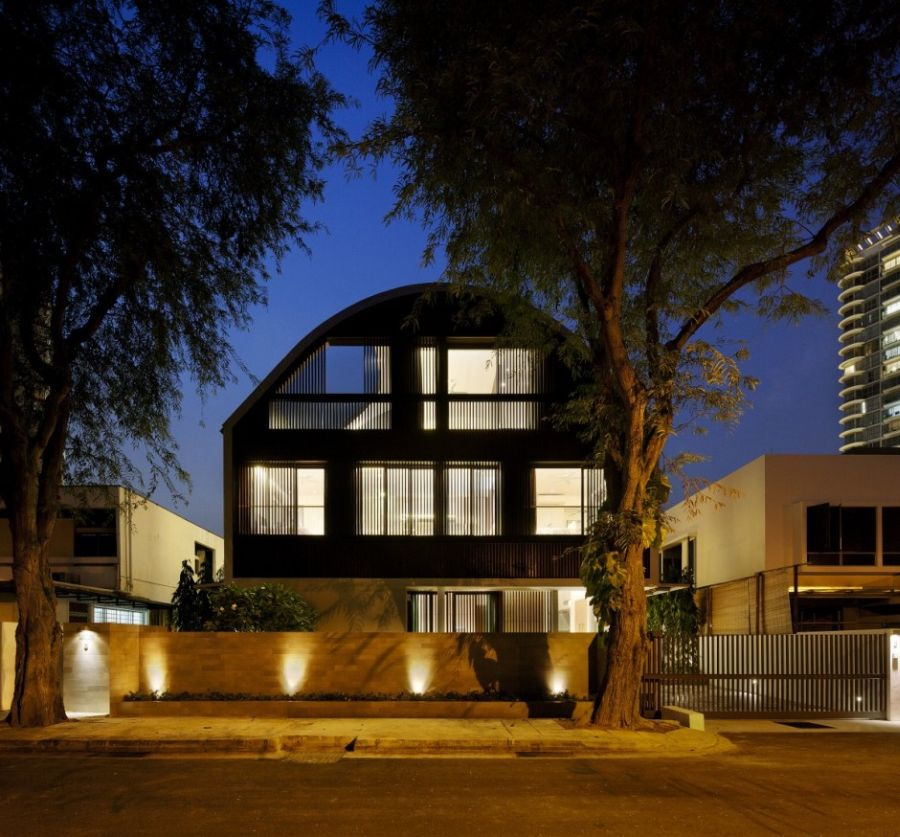 Wind Vault House Exceptional Faade Meets Exclusive Interiors