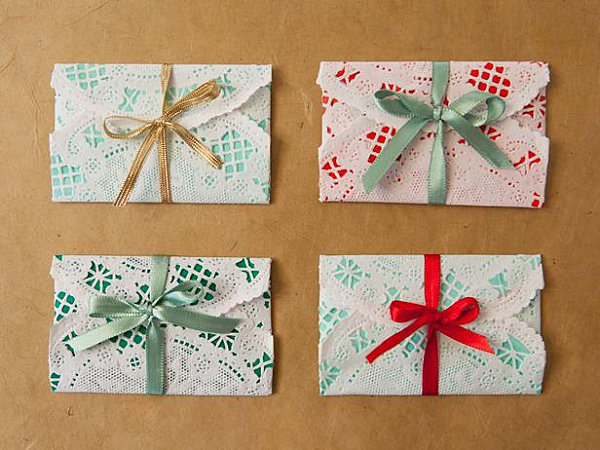 10 Gift Wrap Ideas For Design Lovers