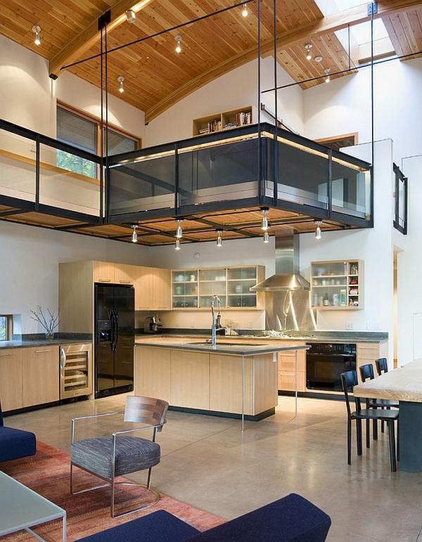 forma innovadora de crear espacio adicional en una casa con techo alto