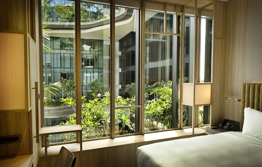 Breathtaking Green Hotel In Singapore Showcases