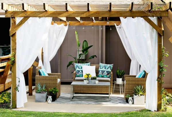 patio into a stylish outdoor lounge