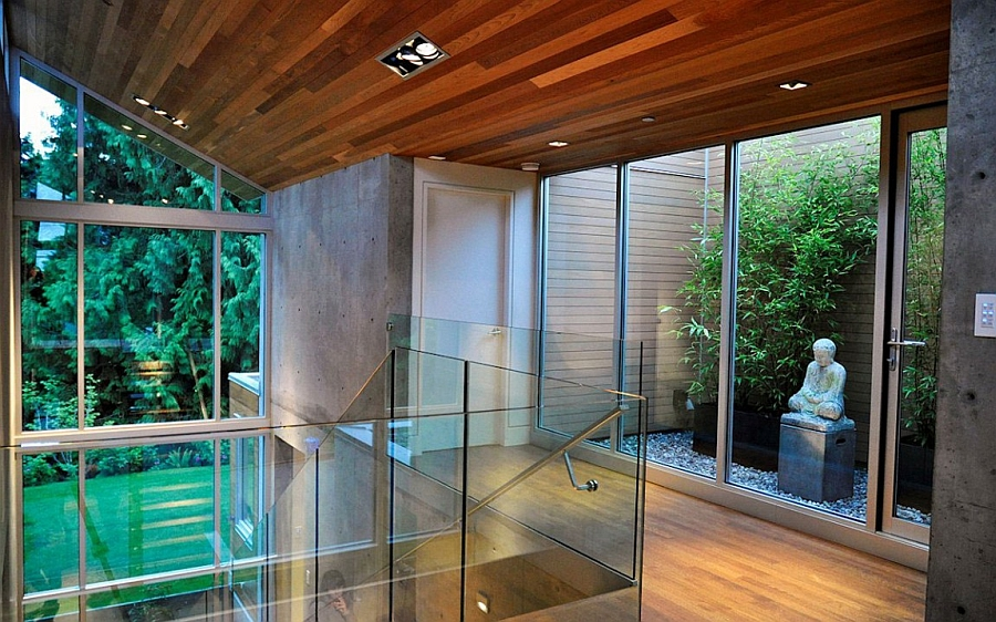 Tranquil Private Forest House In Vancouver Invites Nature