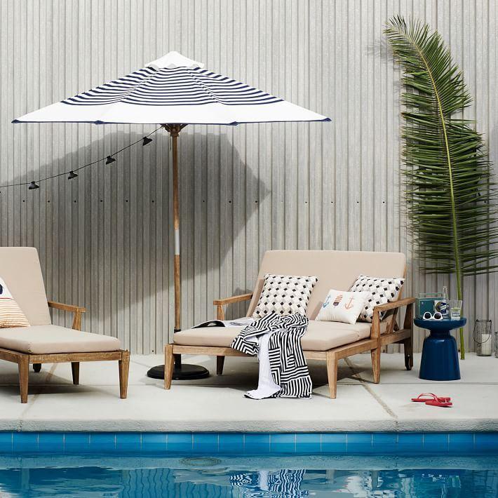 freestanding outdoor umbrella