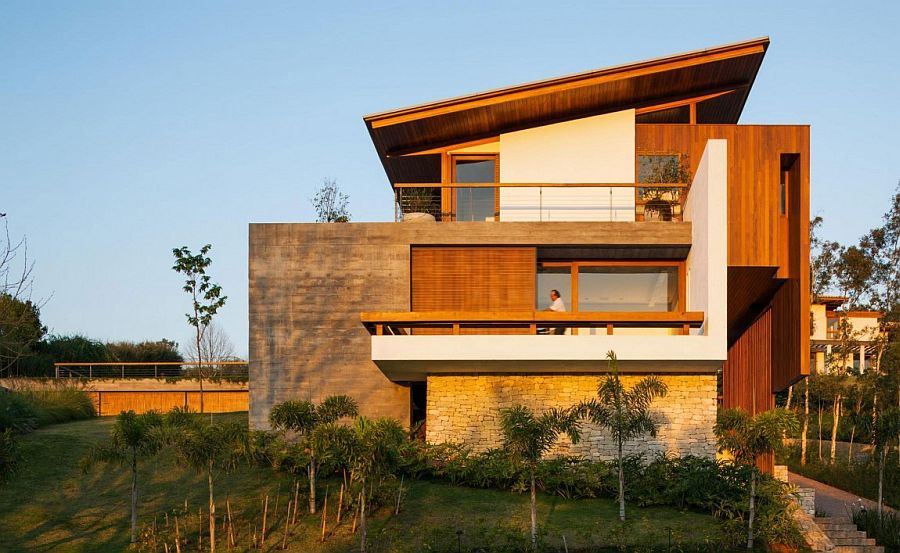 Expansive Holiday Home Unites Stone Concrete And Timber