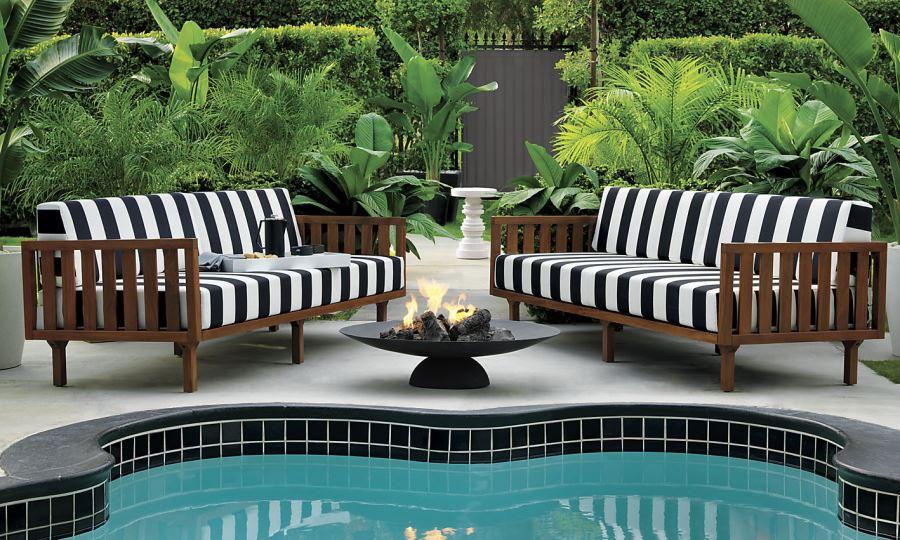 patio furniture and decor trend bold